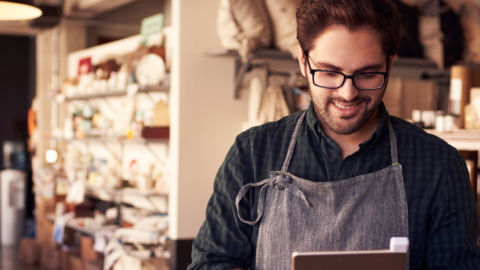 2020 Store Operations Benchmark Survey: COVID-19 Accelerates Stores' Embrace of Digitalization