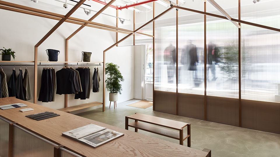 The store's design was a collaboration between Japanese architect Taichi Kuma and nanamica Brand Founder Eiichiro.