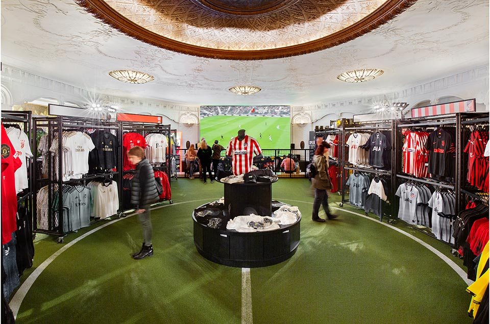 Pele Soccer - Retail TouchPoints