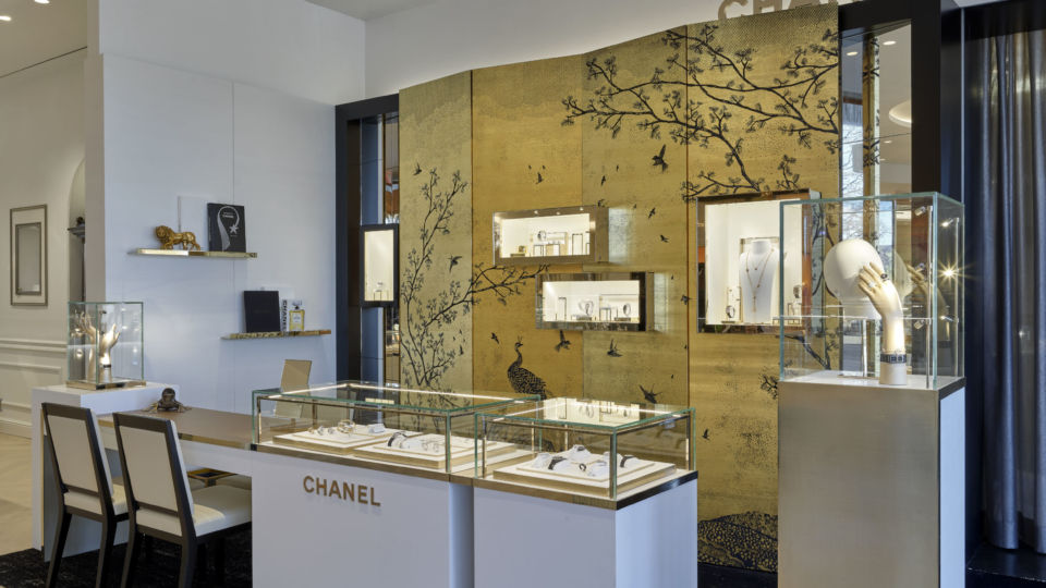 NELSON worked closely with Chanel to create its in-store shop design. The revamp combines luxurious residential detailing with modern elements and lounge seating for elevated consultations.