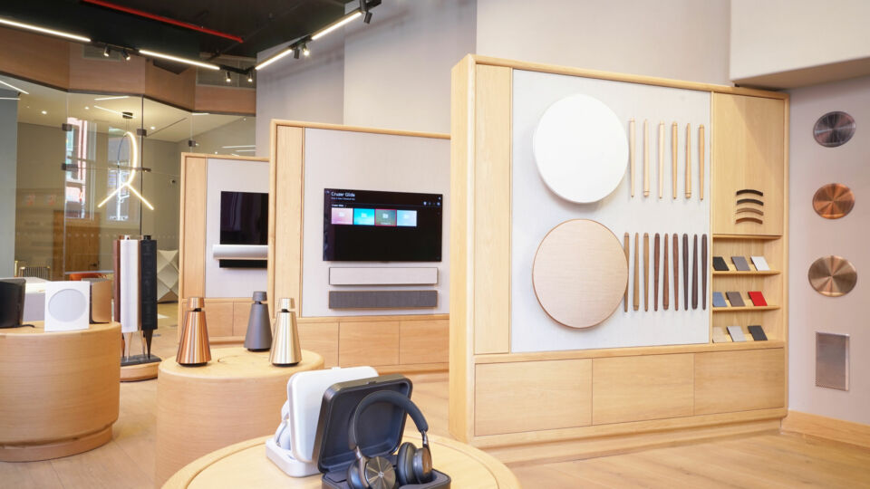 Several wing walls showcase the range of speakers and intricate setups possible among their series of customizable products.