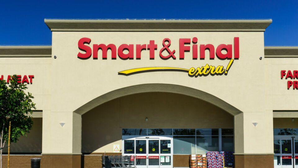 Smart & Final Bodega Latina