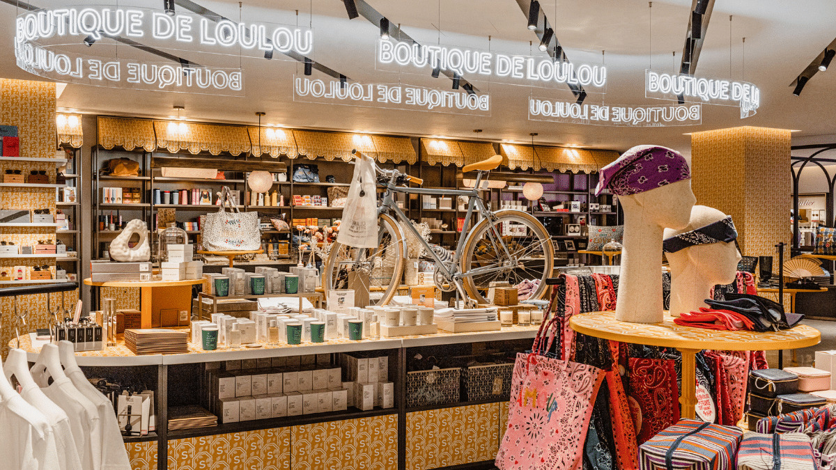 The Boutique de Loulou, entered at street-level on the Seine side of the building offers a more accessible shopping experience.