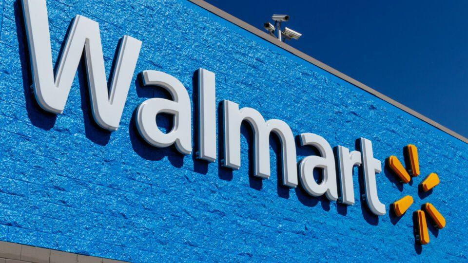 Walmart minimum wage Instacart